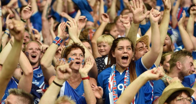 160628-iceland-fans-england-game-836a_412554981d47cd77f8fef20559db469a.nbcnews-ux-2880-1000